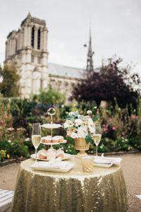 Photo by Carmela Weddings