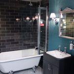 Crest Bathrooms profile image.