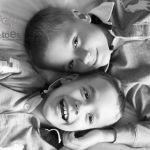 Knees & Toes Photo Studio profile image.