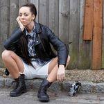 Helen Crowdey Photography profile image.