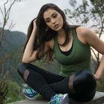 Rayra Soares Photography profile image.