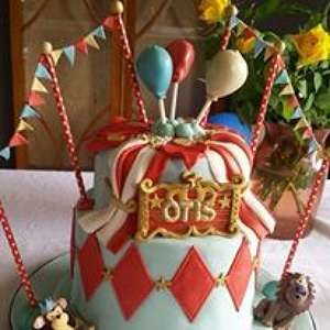 Photo by The Toffee Nosed Cake Company