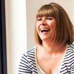 Tracey Baden makeup artist profile image.