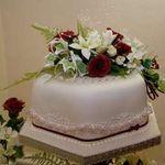 White Hyacinth Cake Design profile image.